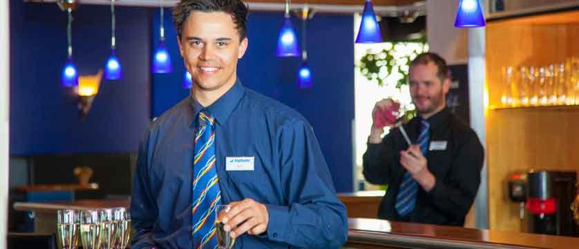 austria_st-christoph_chalet-hotel-st-christoph_chalet-hotel-staff-bar.jpg
